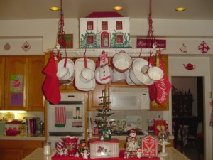 Decorating ideas for a kitchen during Christmas