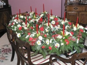 Decorating a gardener Christmas table