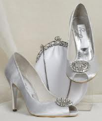 Tips for choosing the wedding shoes