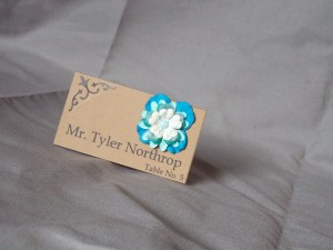 Learn to make flowers for a wedding name card