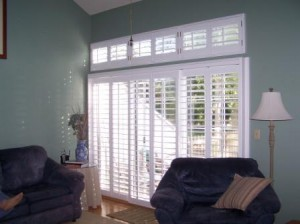 Installing transom window blinds